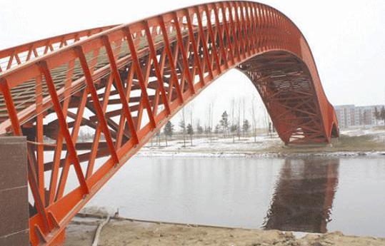 钢结构大桥电弧喷铝加封闭涂料方案
